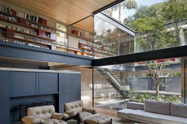 Biblioteca en una sala