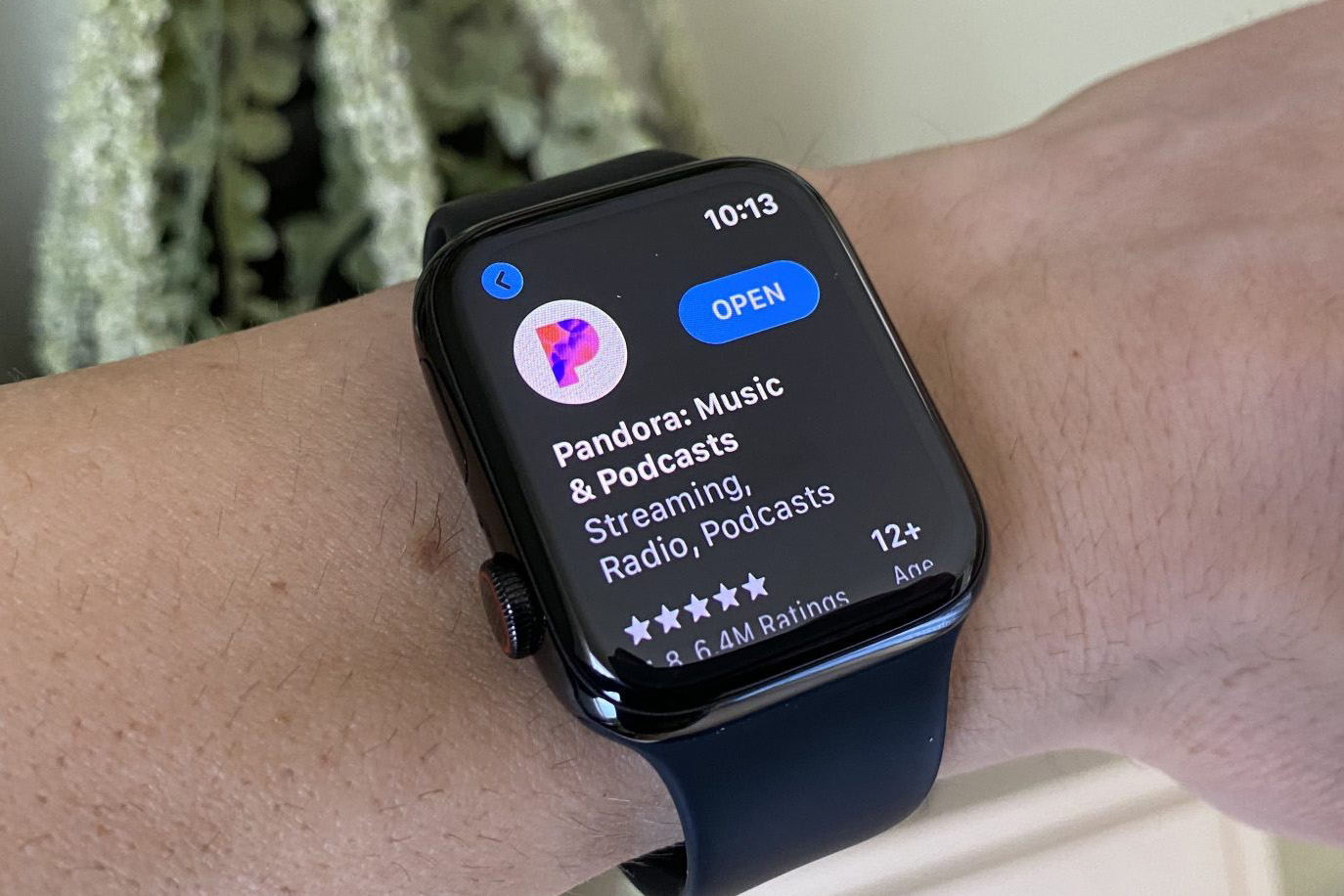 Pandora Releases New Standalone App for Apple Watch