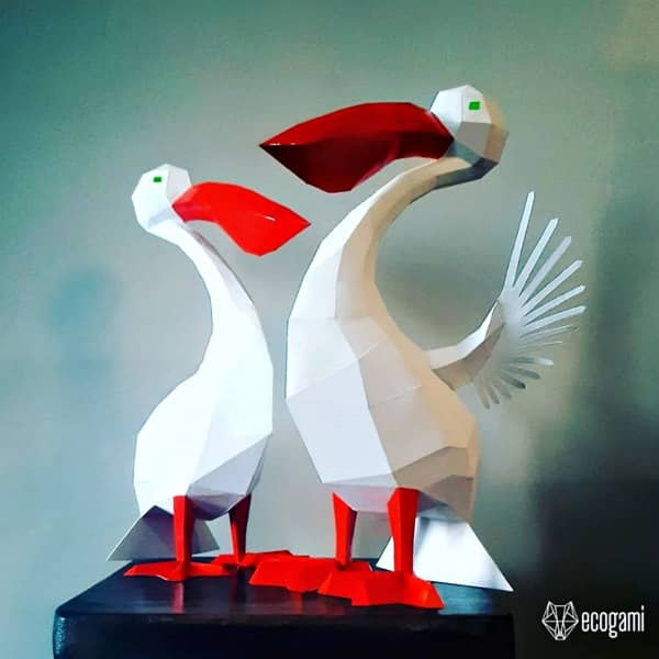 low poly pelican 3D paper models
