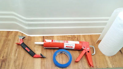 easy straight line caulking tools