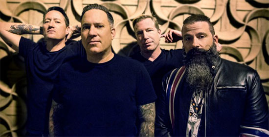 <center>Face To Face premiere video for 'Bent But Not Broken'</center>