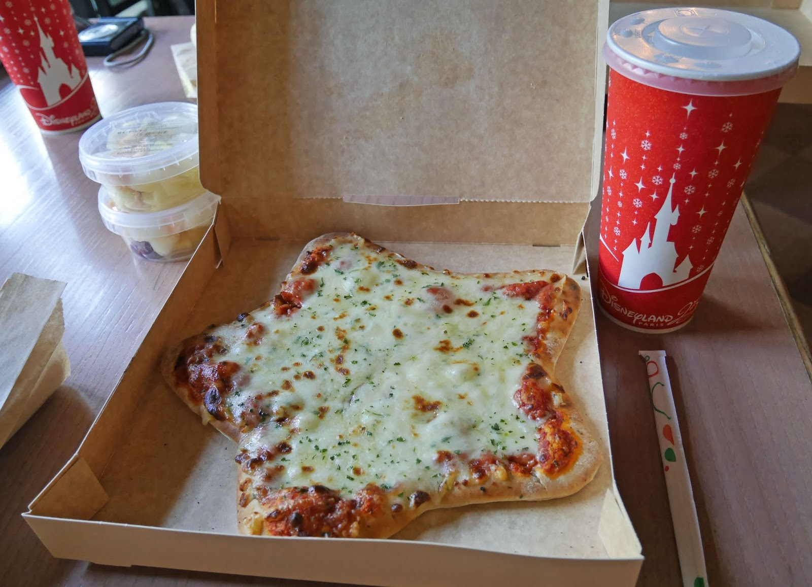 Star-shaped pizza at Disneyland Paris