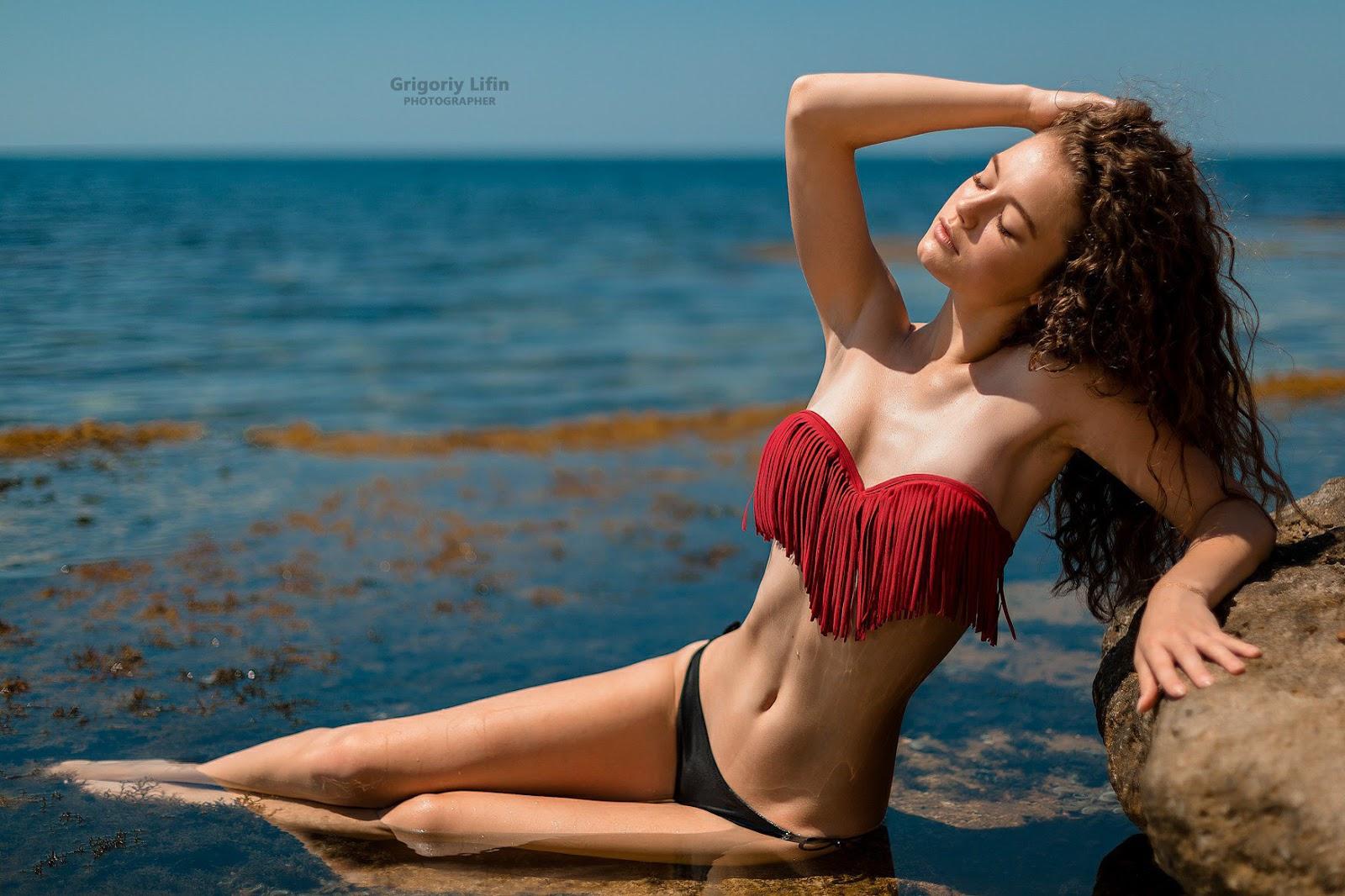 Alina Sexy Photo