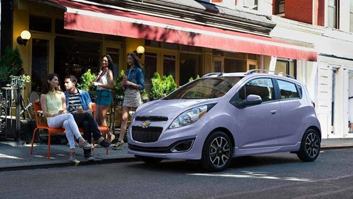 5 lý do khiến người thông minh sẽ 'rước' về ngay một chiếc xe hơi cỡ nhỏ giá rẻ