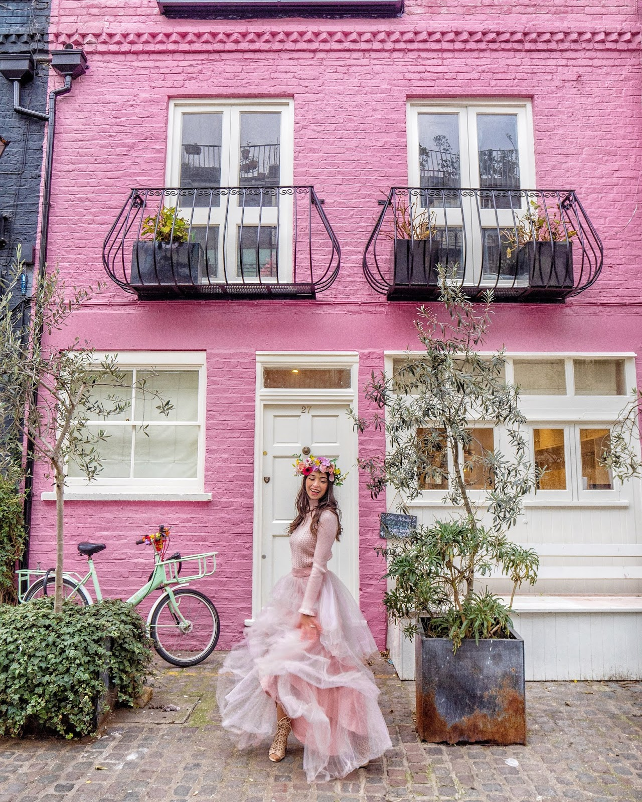 8b347b8e39c My Top 10 Pink Instagrammable Places in London