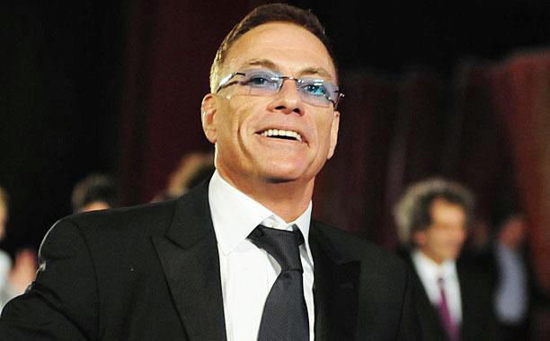 Van Damme Anjurkan Teladani Rasulullah Untuk Memiliki Stamina Yang Prima