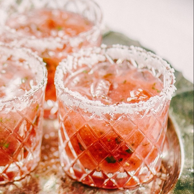 STRAWBERRY BASIL MARGARITA SUMMER COCKTAIL #perfectsummer #drink