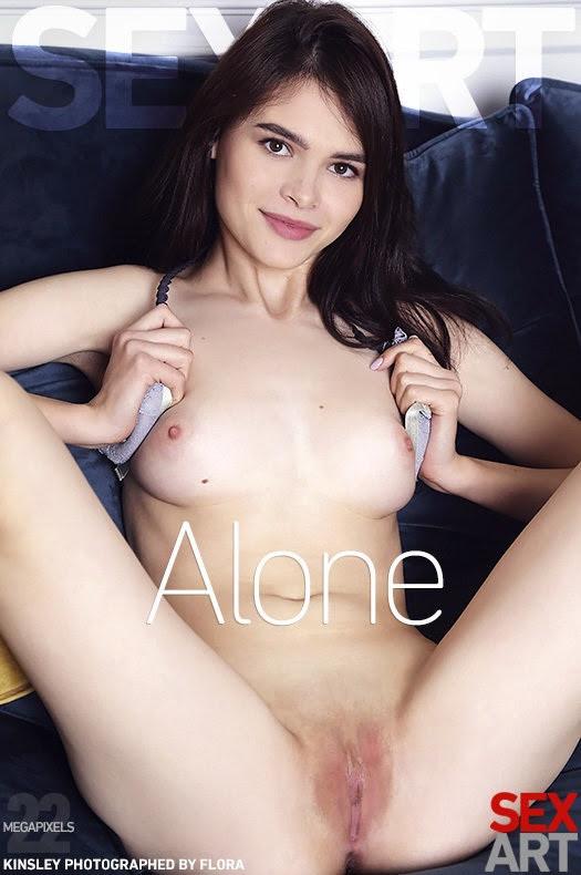 [SexArt] Kinsley - Alone - idols
