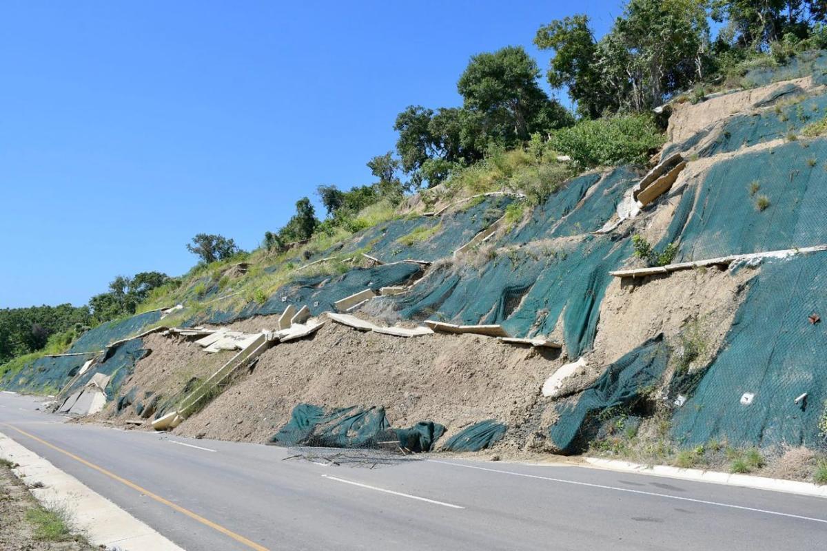 Preocupación por derrumbe de un terraplén en la vía Barranquilla - Cartagena