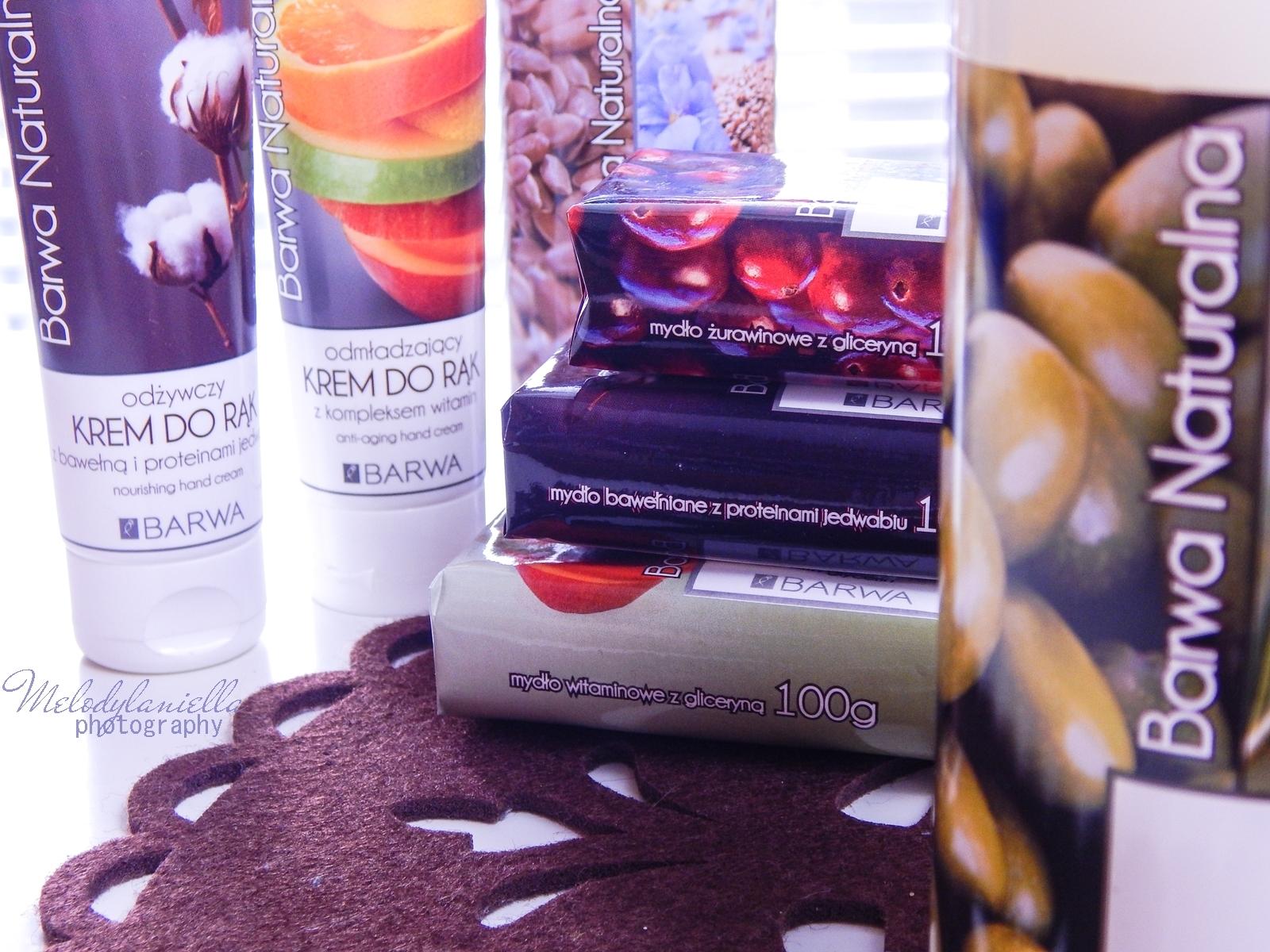 5 barwa naturalna kosmetyki mydła recenzja barwa mydło naturalne szampon naturalny mydło w płynie owoce natura hipoalergiczne kremy do rąk ekstrakt z bawełny