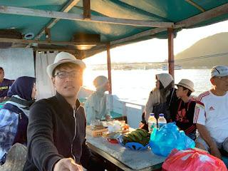 muslimah traveller, travelling bareng mertua, susah sinyal, sinyal susah di labuan bajo, travelling asik, travelling murah, tips liburan labuan bajo