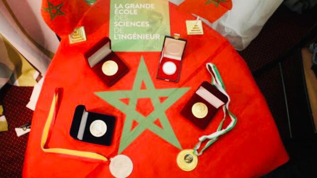 """بالصورة...المدرسة المغربية لعلوم المهندس (الإمسي) تتوج بالجائزة الكبرى وأربع ميداليات ذهبية بالمعرض الدولي """"أسبوع الابتكار في إفريقيا 2020 """"✍️👇👇👇"""