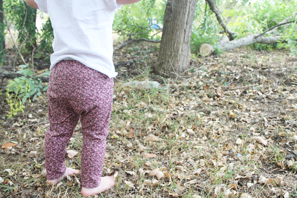 Free Pattern: how to sew skeleton pants (size 18m)  • www.max-california.com