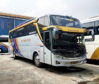 Sewa Bus Pariwisata Jackal Holidays SHD