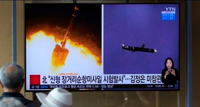 Foto-foto Uji Coba Rudal Korea Utara Resmi Mengudara