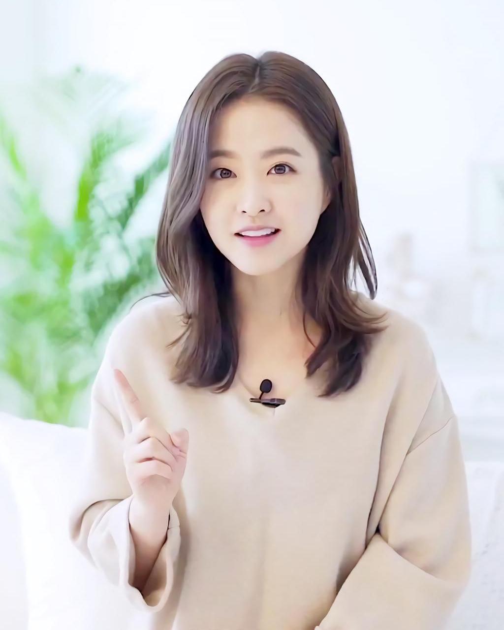 cewek manis dan seksi imut artis korea selatan