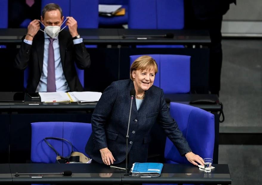 Με τη βοήθεια των Γερμανών, η Τουρκία σέρνει την Ελλάδα σε διάλογο