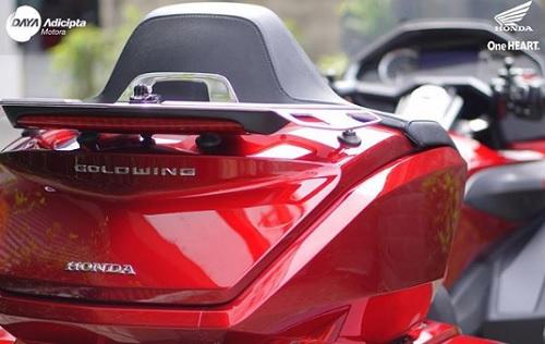 Bagasi Honda Gold Wing
