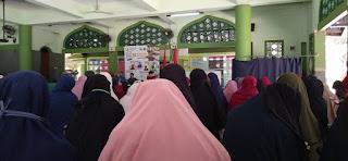 "Sejumlah Mahasiswi STID Mohammad Natsir Ikuti Bedah Buku ""Mohammad Natsir"