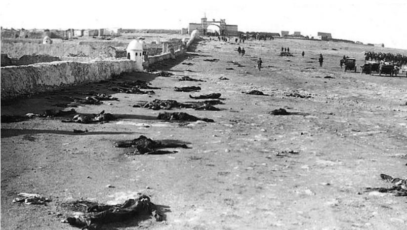 Cadáveres en la fortificación de Monte Arruit