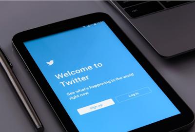 منصة تويتر تقترب من إطلاق ميزة إختيار المواضيع ورؤية التغريدات التي لها علاقة بتلك المواضيع، هذه الميزة التي سوف تنال رضى المستخدمين
