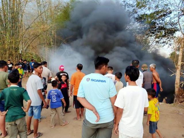 Kobaran Api Muncul di Dekat Makam Nglorog Sragen