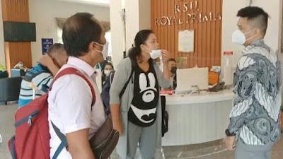 Diduga Hasil Visum Tak Kunjung Keluar, Keluarga Korban Laka Lantas Ribut Dengan Oknum Rumah Sakit Royal Prima Medan