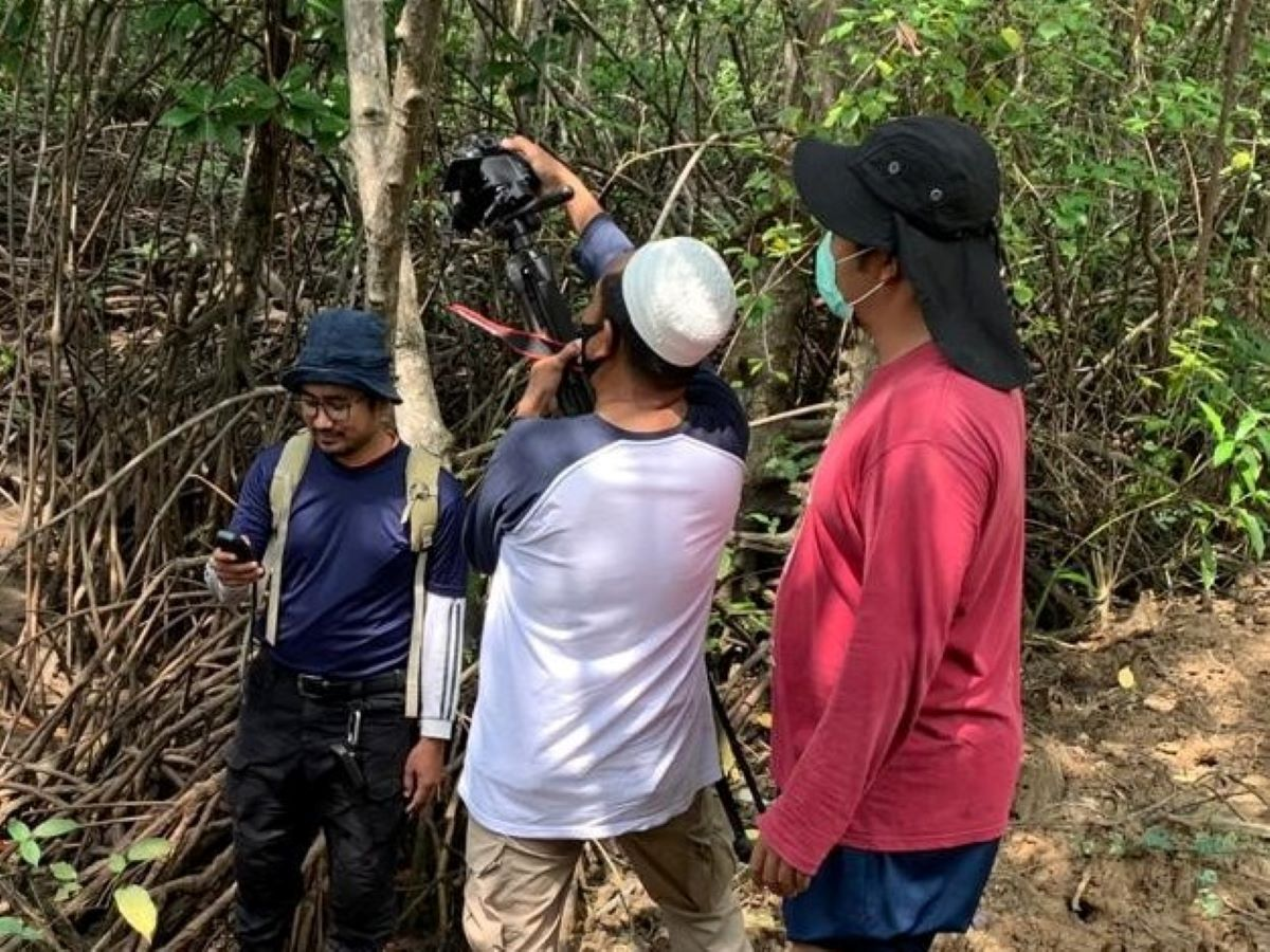 IKAMaT Tim Penyusun Video Tutorial Pelatihan Internasional Mangrove Health Index 2020 LIPI