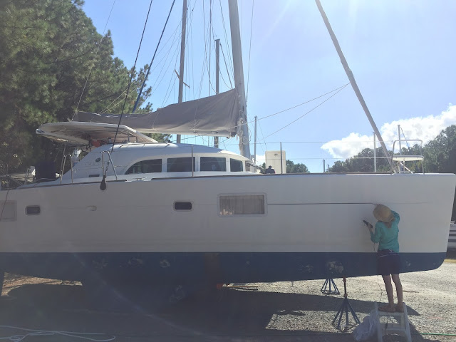 Lagoon 380 sailboat pinstripe removal