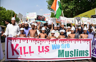 "New Delhi: Muslims protesting against lynching to say ""jay shiri ram""."