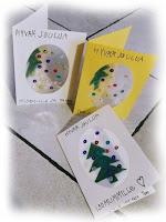Keittiöpyyhkeitä, joulukortteja ja piparkakkuja