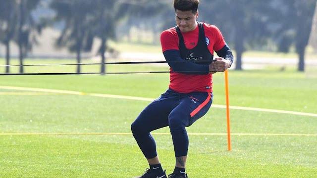 El delantero Alexander Díaz regresa a las prácticas en San Lorenzo