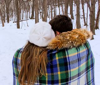 Couple Hug DP 2019