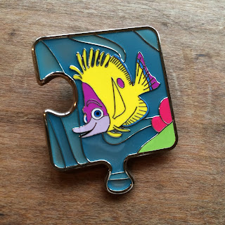 Finding Nemo Character Connection Limited Edition Mystery Pin Collection tad