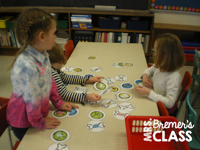 Rhyming words matching activity as a Kindergarten literacy center