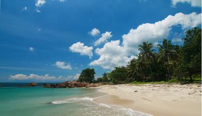 """Tempat wisata di Semarang """"Pantai Marina"""""""