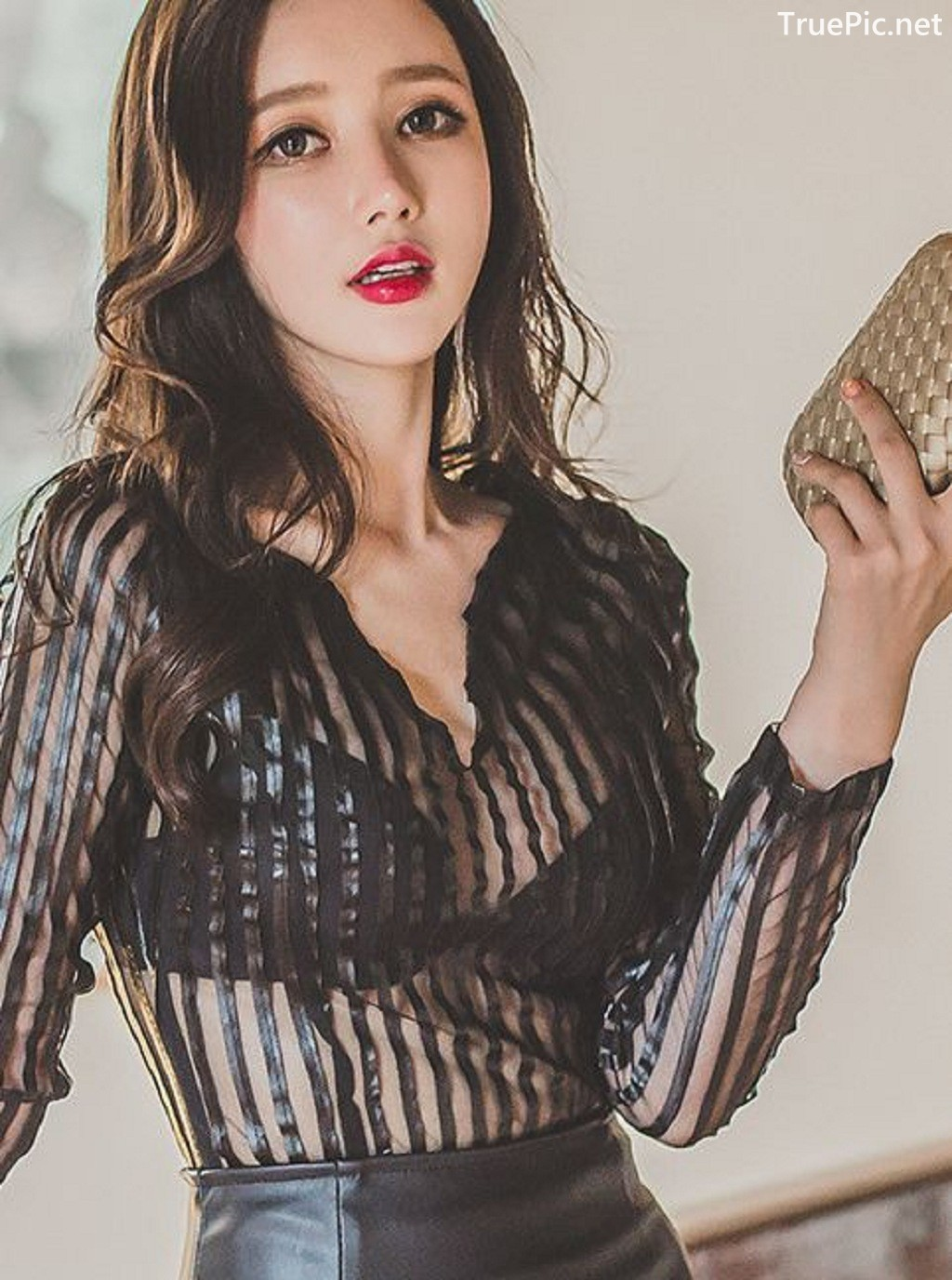 Image-Lee-Yeon-Jeong-Indoor-Photoshoot-Collection-Korean-fashion-model-Part-11-TruePic.net- Picture-7