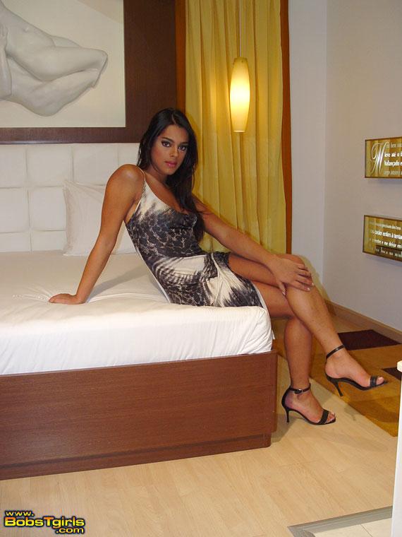 Shemale Camilla De Castro 70