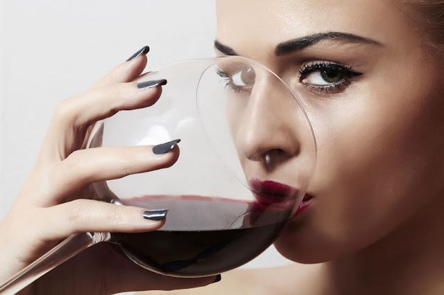 wpływ alkoholu na zdrowie jamy ustnej