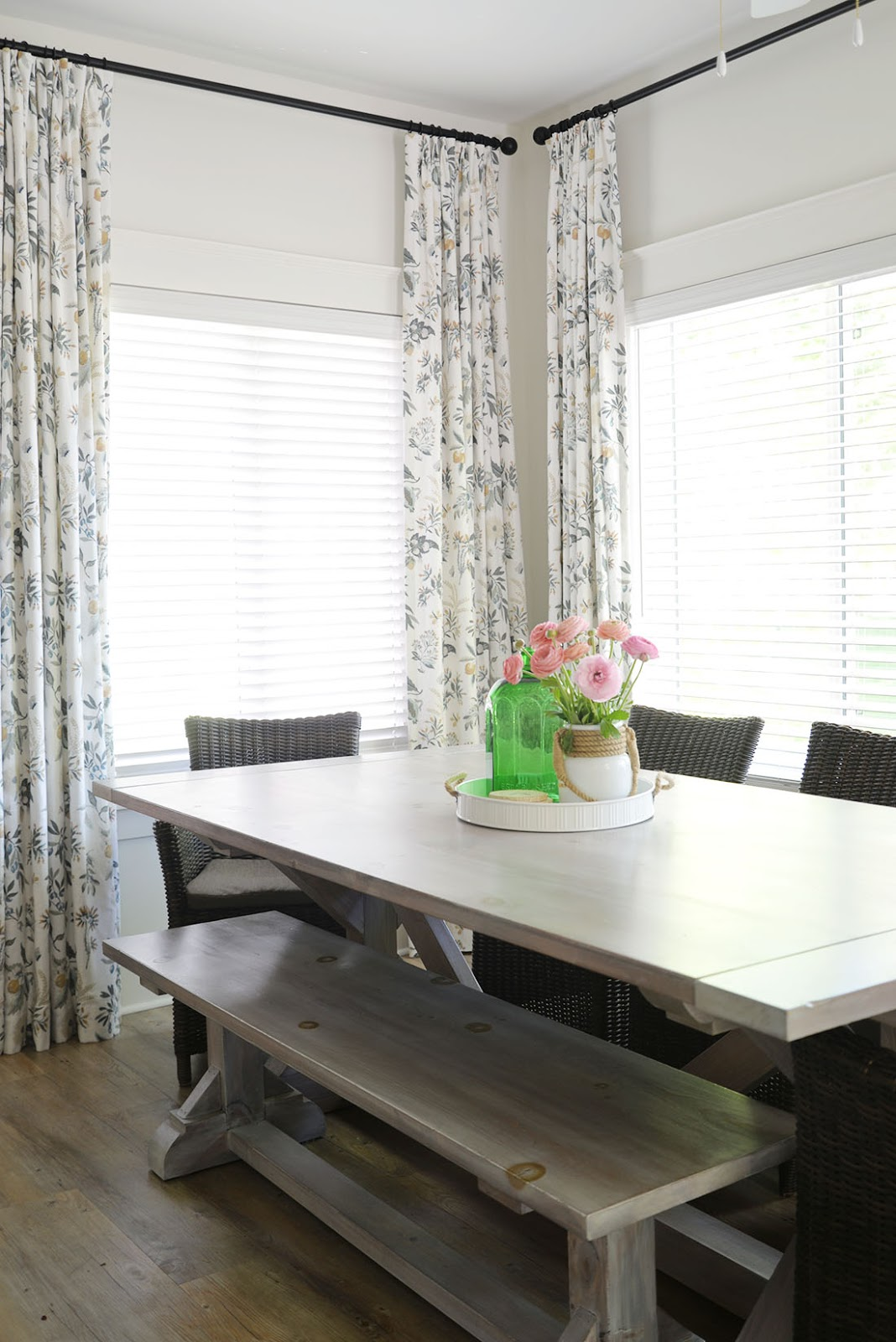 x base harvest table with bench, fleur botanical la mer fabric, cottage dining room ideas, modern country decor