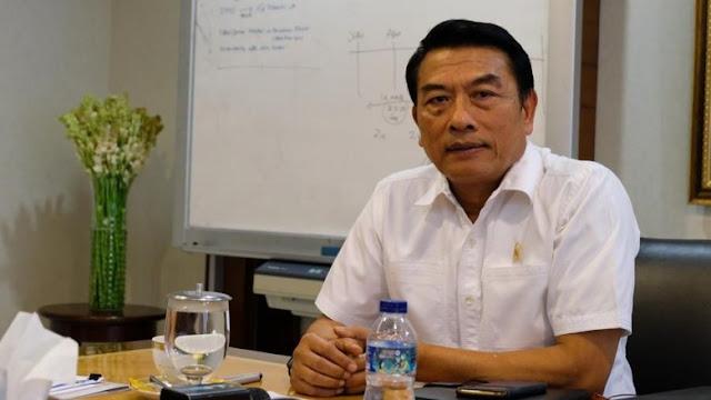 Demokrat Pajang Foto Co-Founder Asia Sentinel dengan Moeldoko