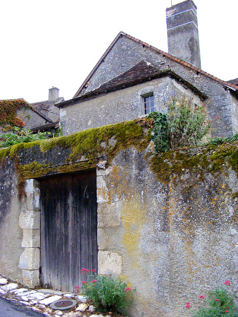 Garden gate, Ingrandes, Indre, France. Photo by Loire Valley Time Travel.