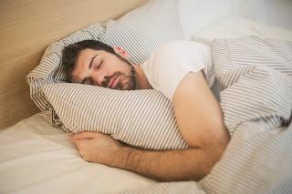 4 ways for you to get a good deep sleep.
