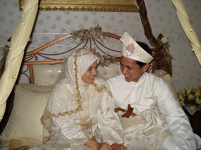 8 Waktu Sunnah Melakukan Hubungan Suami Istri Bagi Pasangan yang Sah Menikah
