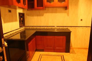 contoh meja dapur granit