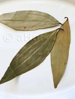 Tej Patta or Tamla Patra Leaves