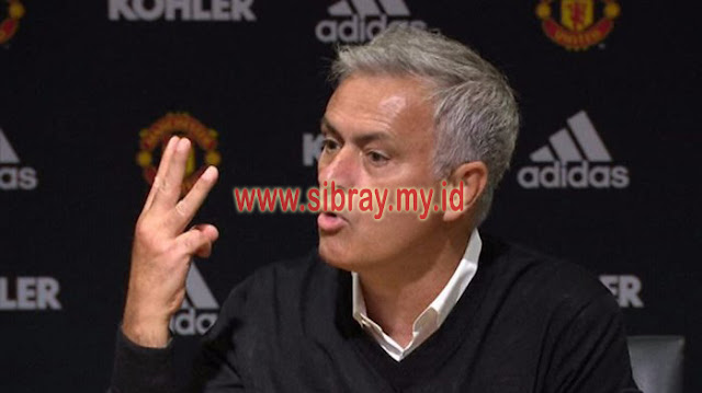 Jose Mourinho Ternyata Larang Manchester United Datangkan Cristiano Ronaldo ke Old Trafford