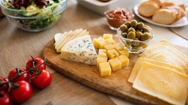 القيمة الغذائية للجبن 100 جرام