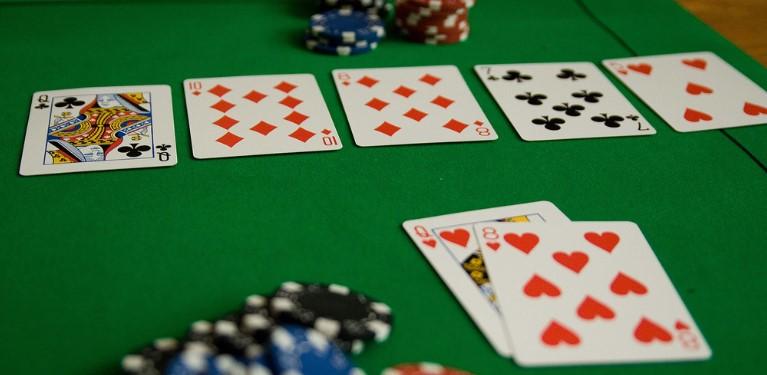 Bermain Judi Poker Online Menang Terus