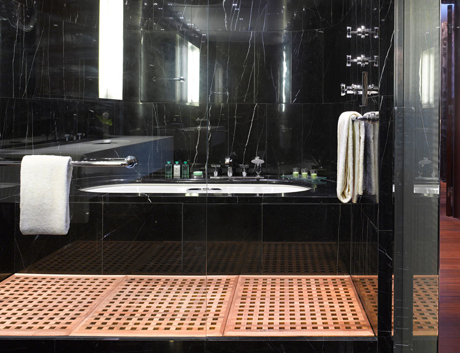 Hotel Style Woven Duvet Set Rio Home Fashions